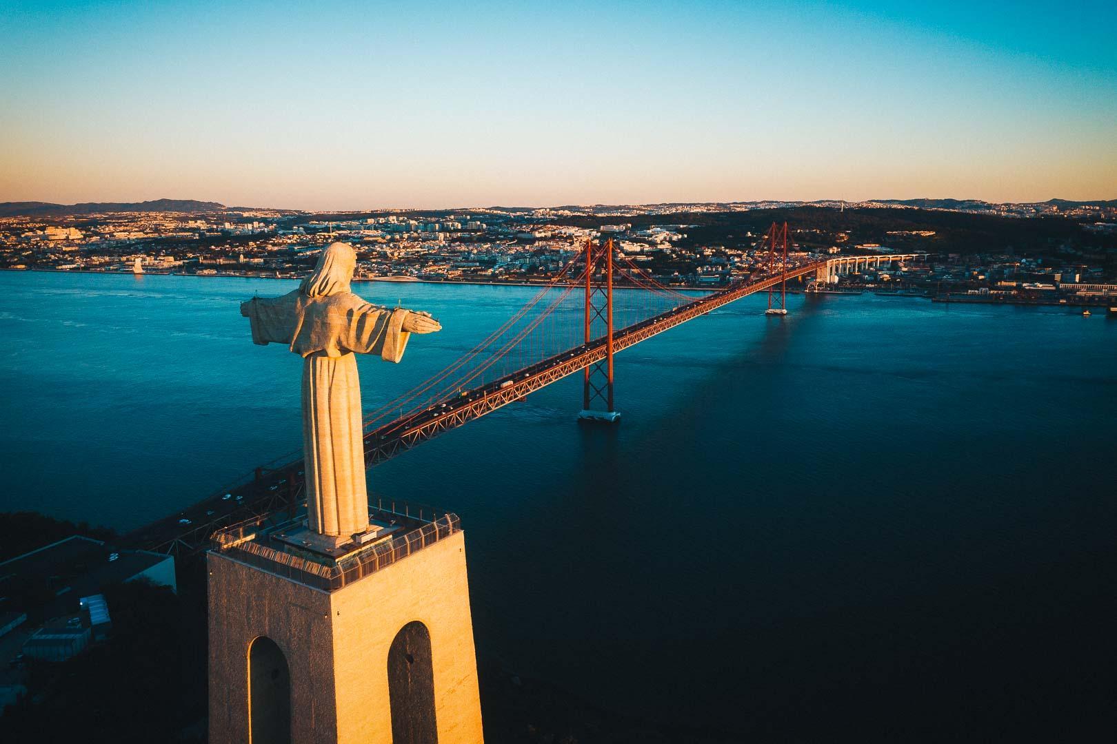 Santuario Nacional de Cristo Rei Lisboa - Visit the Highest Point of Lisbon